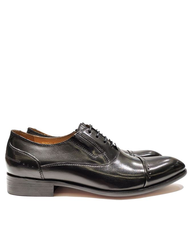 Picture of Cutler Black Laceup Gusset Shoes